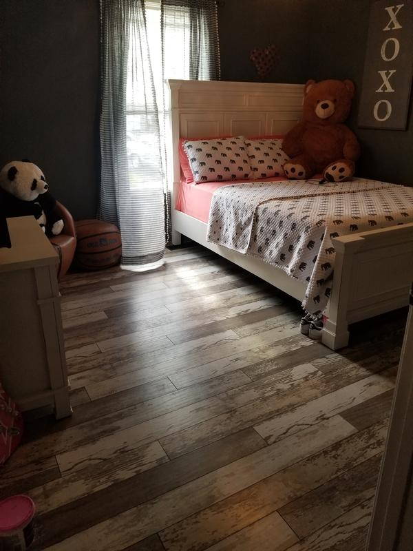 12mm+pad Bull Barn Oak - Dream Home XD | Lumber Liquidators