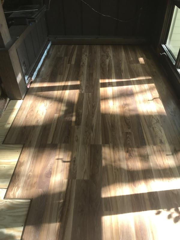 Before and after image for 8mm+pad Fairfield County Hickory Laminate