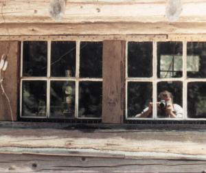 Peter Wait | Bear Windows and Close-up w/ Photog | Jorstad Cabin, Trinity Alps, CA