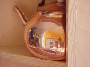 Jef Poskanzer | Teapot | a friend's kitchen