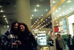 Luciano A. Ferrer | Todo comenz� tocandonos | Duarte Quiro's shopping center