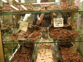 dan chusid | Chocolate Heaven | Bariloche, Argentina