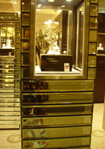 Heather Martino | pearls on sale | The Landmark, Central, HK