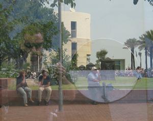 Carmelo Garcia | Behind glass | Barcelona