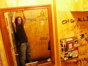 johnny boucher | pick me up bathroom graphitti | NYC