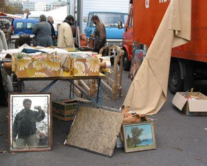 ian | fleamarket mirror 3 | geneva, switzerland