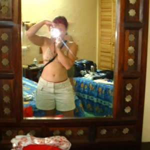 Jonathan | Mirror of a muejere | Isla Mujeres, Mexico
