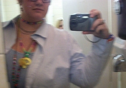 Sarah | pdgjsiopgdoi | Women's bathroom at the Gourme' Family Restaurant, Cleveland, OH