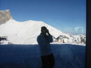 junnie | My First Try at Skiing | Leysin, Switzerland
