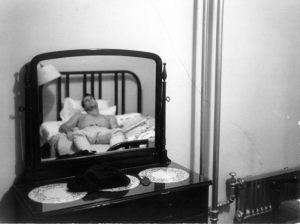 Gary Molitor   $2.50 a Night   Long Beach, California
