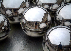Adrian Milankov | Balls | Paris, France
