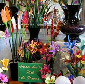 D. L. Wildeman | TISH AND DEANNA AT KELA'S | Kauai, HI