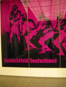 jen boxer | see I AM in Germany | Berlin, Hamburger Barnhoff