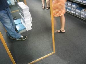 nic ruffy | shoe shopping | chicago, usa