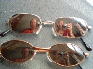 Phil | SunGlasses | Kitchen
