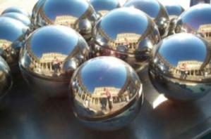Gerben Lakerveld | Balls of Paris
