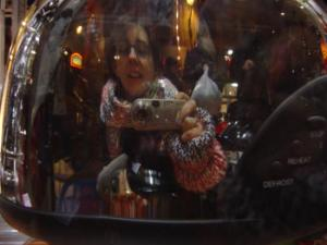 claire poisson | xmas shopping : the lamp | toulouse, france