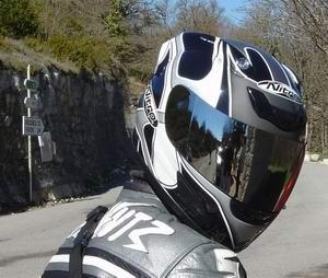 Coralie Mercier | Mirror helmet | Coursegoules, FR