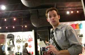 Mark Bondyra   bag shopping   Toronto