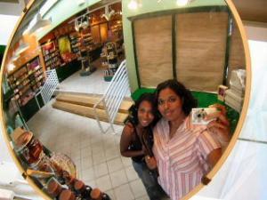 Brenunda | body shop mirror | Baltimore