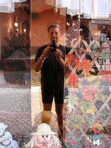 mpf michael pfisterer | mpf mirrored in a café in cochem | cochem/mosel germany