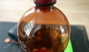 Roland Peschetz | still life with pear juice | vienna, austria
