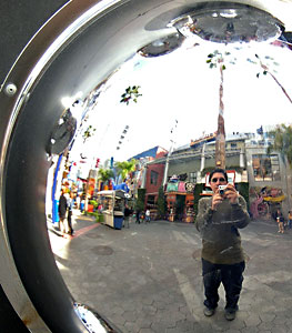 Rogelio Hernandez | Fisheye lens on the Wall | Universal City Walk