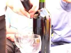 Sarah Joos | botle of wine | Mariakerke (Belgium)