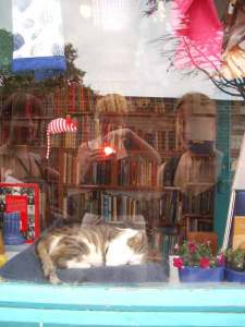 lucy spink | The three witches and their cat | Southwold, Suffolk, UK
