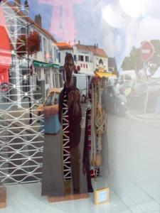 Martin Lebreton | Vitrine quart de cercle | Noirmoutier - France