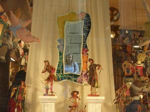 Kristina B | My head inside out in a shop window | Barcelona