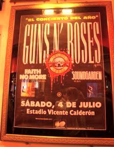 Jose M. Acosta | Guns n' Roses in Hard Rock Cafe | Orlando Fl.