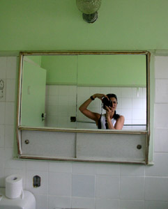 jen boxer | lime green bathroom | north curl curl, sydney, australia
