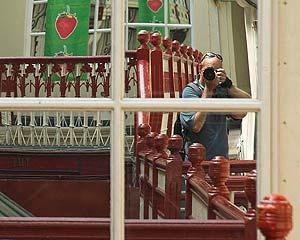 Carlos Carreter | The Balcony, Cardiff | Cardiff, Wales, UK