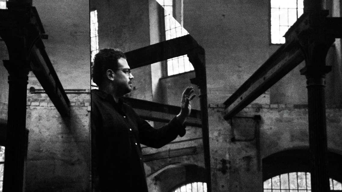 Mykonos Biennale 2015 - Film Festival -  THE WORDS HEAR THE LIGHT - screen shot