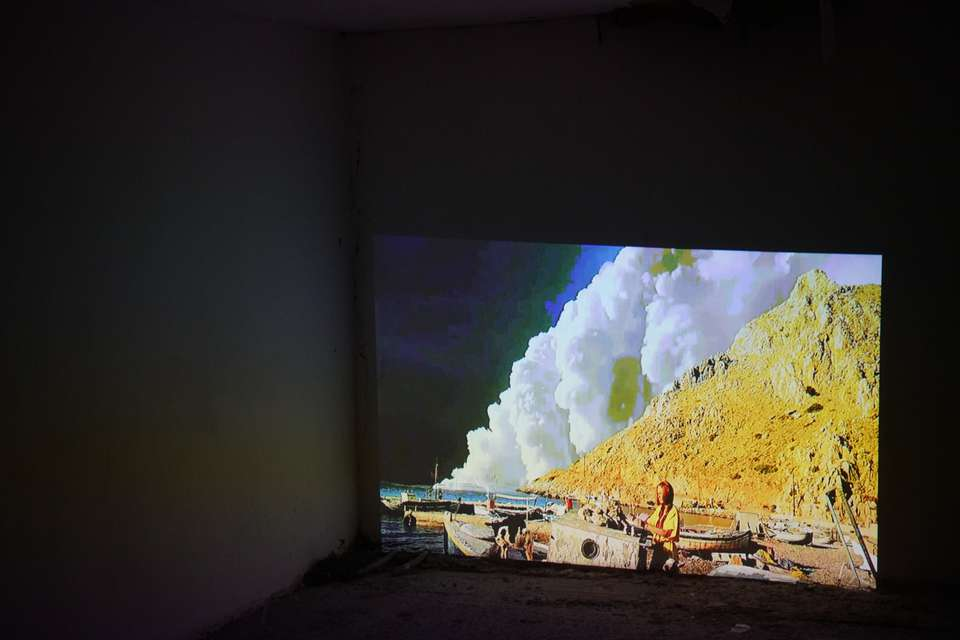Mykonos Biennale 2015 - Film Festival -  Yes It Is Burning Me - screen shot