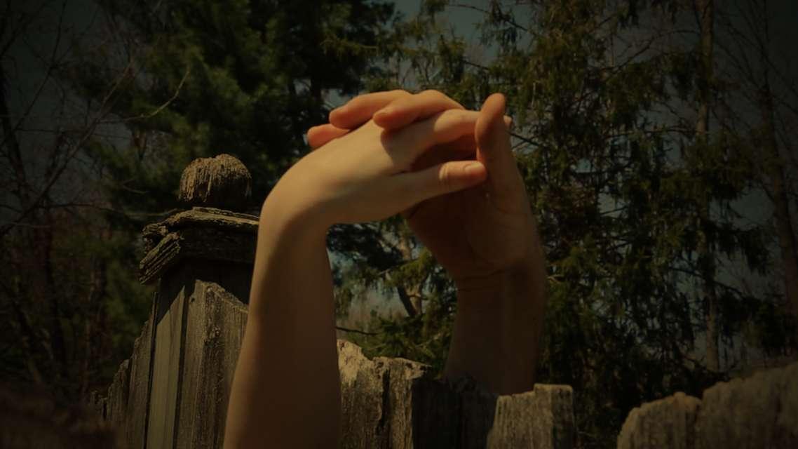 Mykonos Biennale 2015 - Film Festival -  Hands Over Fence - screen shot