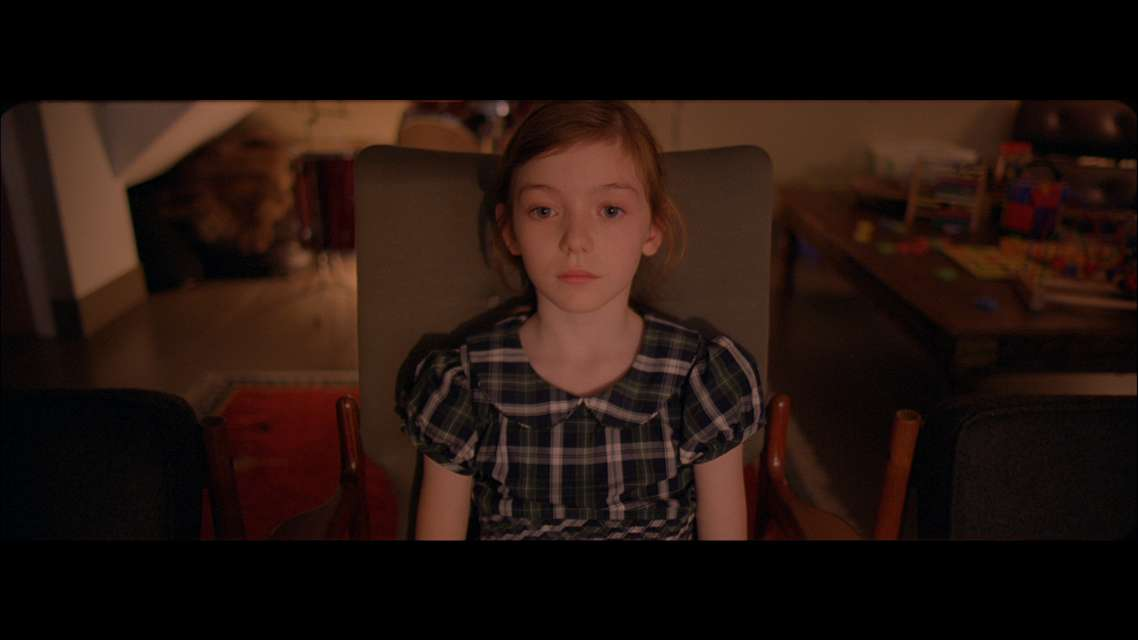 Mykonos Biennale 2015 - Film Festival -  Noise - Cara doctores - screen shot