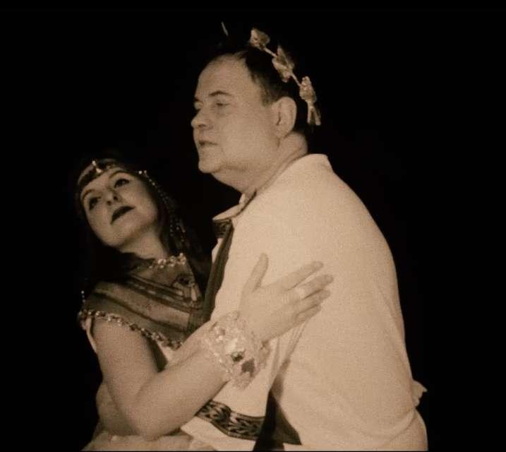 Mykonos Biennale 2015 - Film Festival -  Five Lovers Down - Variations on a Theme - screen shot