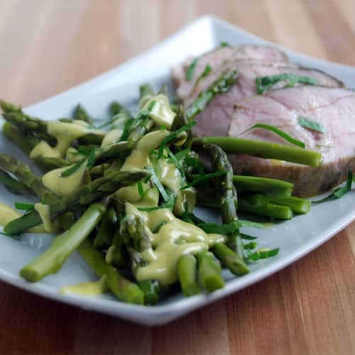 Sous vide asparagus with turkey