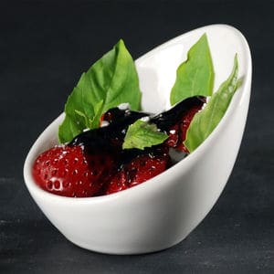 Strawberries xanthum balsamic syrup