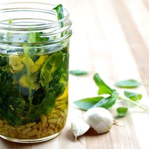 PESTO注入橄榄油