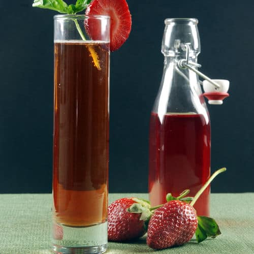 Strawberry basil sous vide infused rum fizz