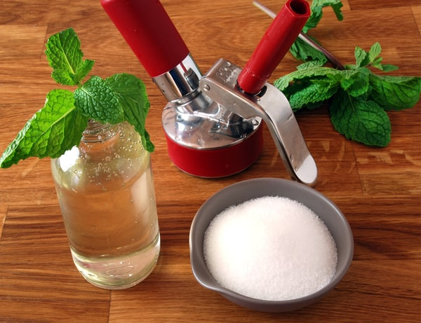 Mint infused simple syrup siphon