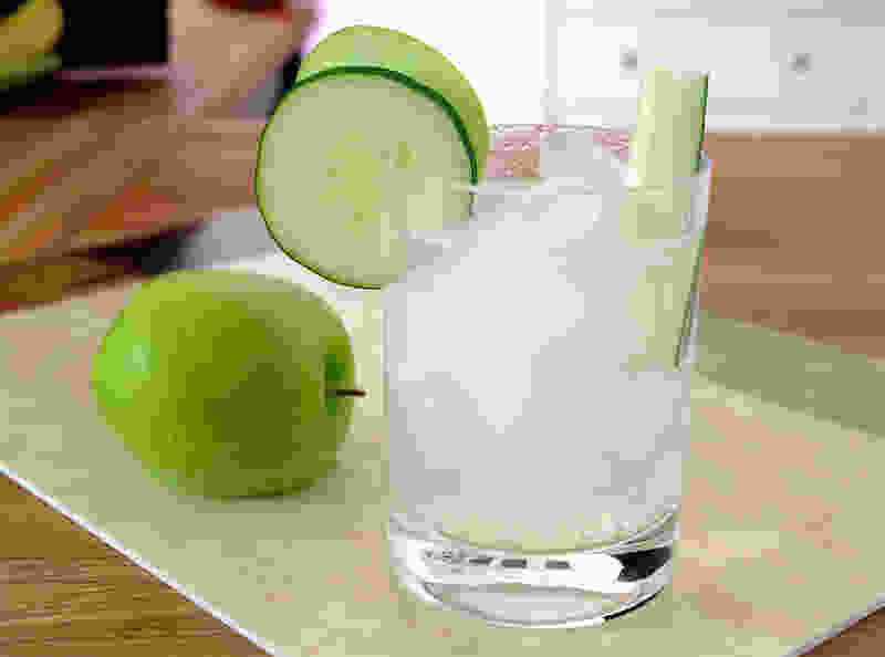 黄瓜酸苹果杜松子汽酒