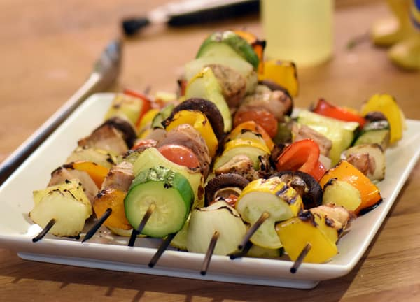 Sous vide shish kabobs chicken seared