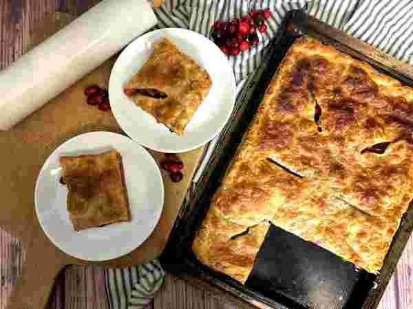 Sous vide apple cranberry pie baked top