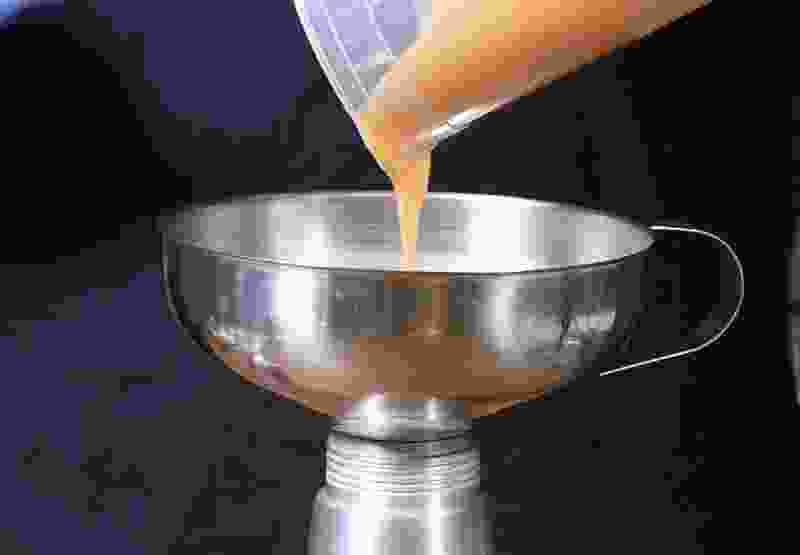 Mango curry agar foam whipping siphon 40