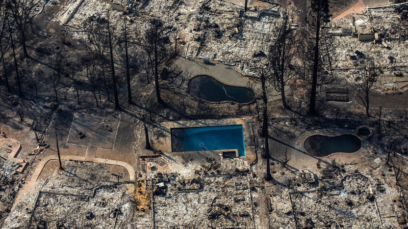 An aerial view of the Coffey Park neighborhood destroyed by wildfire in Santa Rosa. (Marcus Yam / Los Angeles Times)