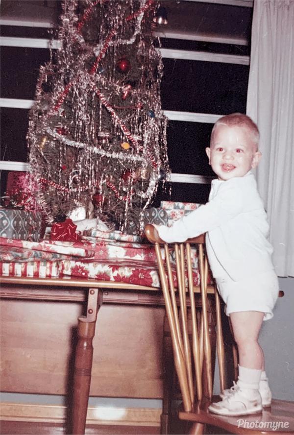 Photo by David Hymer - David's second Christmas - December 1960, USA